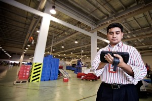 Enterprise_APAC_Warehouse_Malaysia_POS_0321-Juan-Martinez_mr_small